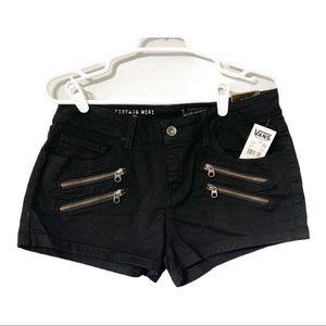 NWT Vans shorts